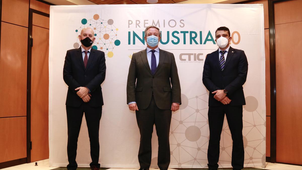 Pablo Priesca, Antonio Romero y Juan Carlos Campo.