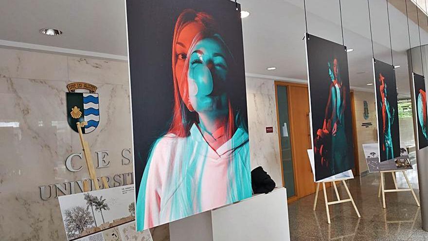 El alumnado de Cesuga rinde homenaje al artista Víctor Moscoso con una reinterpretación de su obra