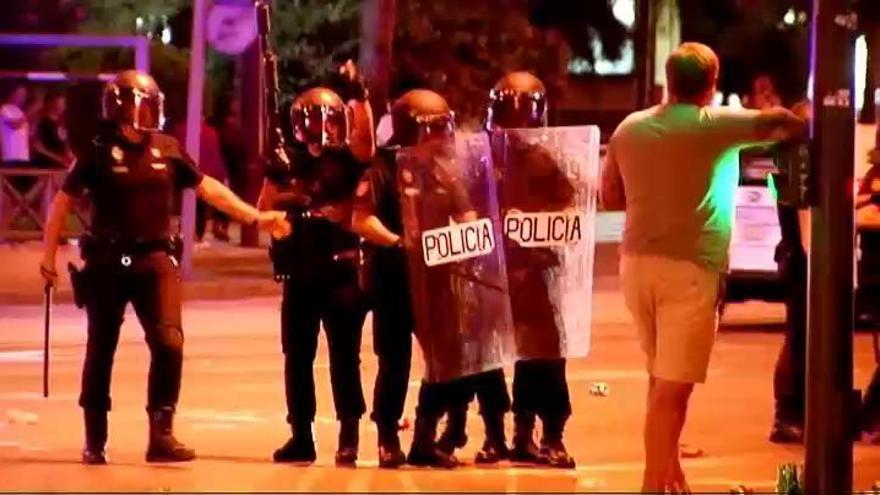 Aficionados ingleses causan disturbios en Sevilla
