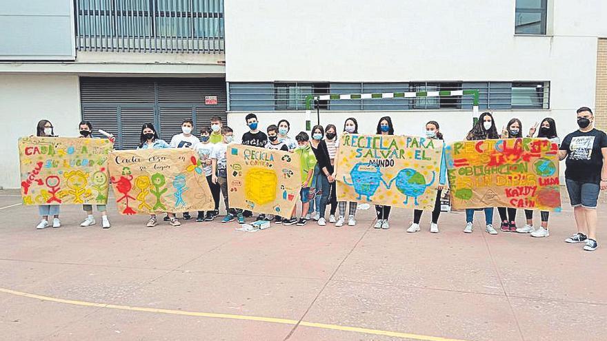 Unas jornadas invitan a separar y reciclar la basura en Peñarroya-Pueblonuevo