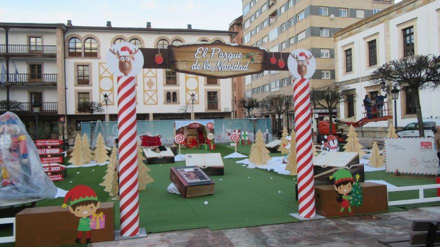 El alcalde de Cangas de Onís desveló a los niños su último proyecto: un Parque de la Navidad