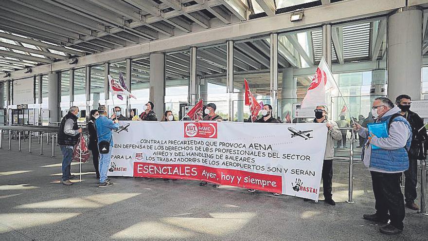 Movilización sindical en el aeropuerto contra la política de 'haldling' de Aena