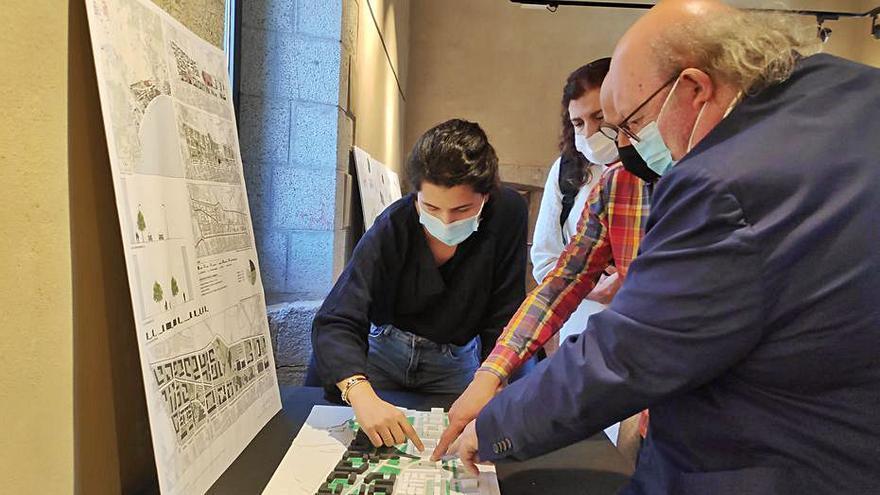 Futurs arquitectes presenten projectes per urbanitzar Calonge