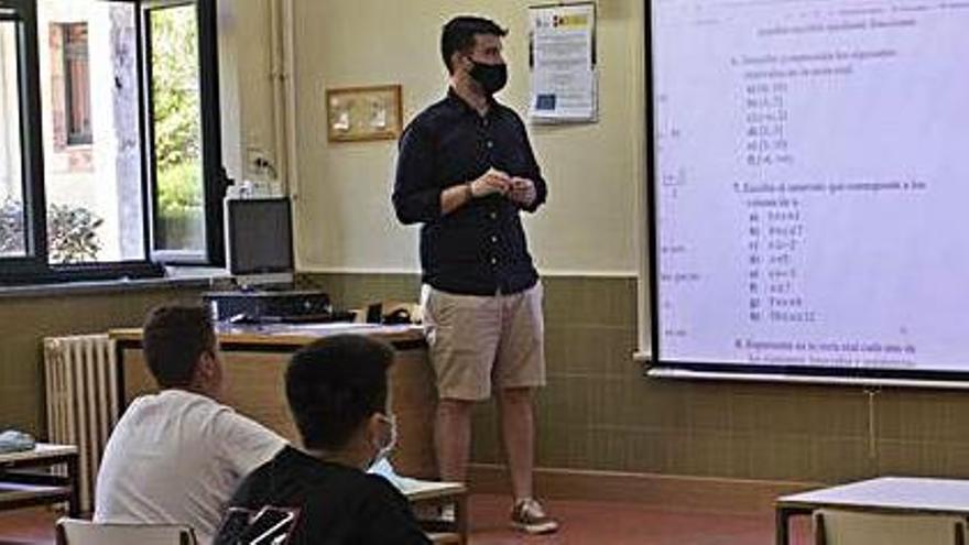 Los profesores de Zamora piden la mejora de sus condiciones laborales en el Día del Docente