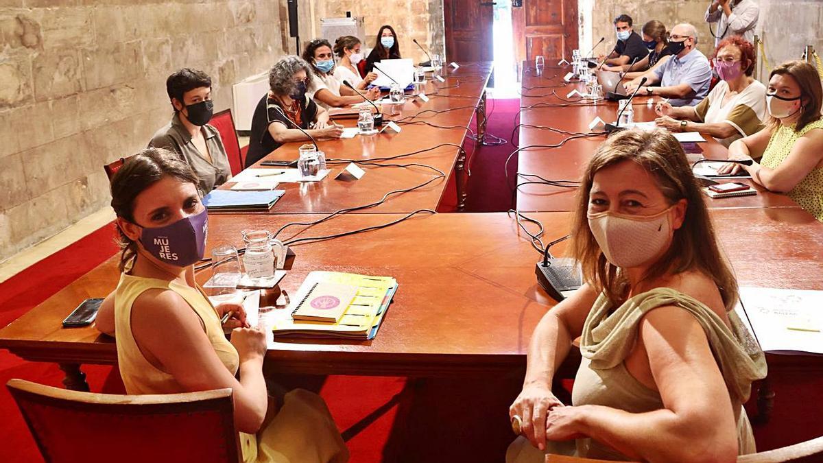 La ministra Montero y Armengol se reunieron con el Grupo de Estudio de la Prostitución en Balears.