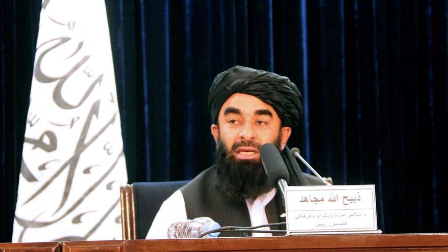 Los talibanes afirman que permitirán la operación de vuelos civiles tras el fin de la evacuación