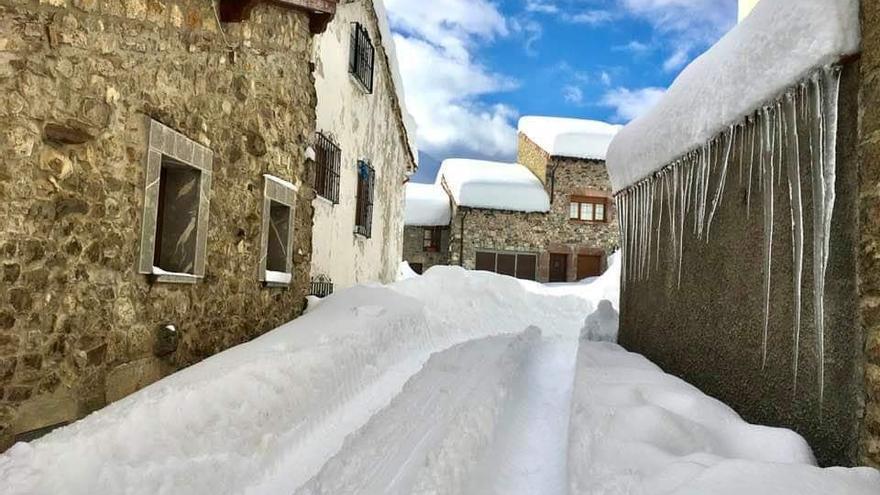 Así es la nevadona que ha sorprendido a Asturias
