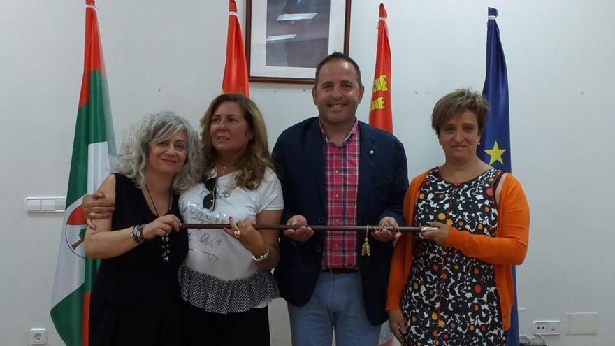 El PSOE de Carbajales le asegura al alcalde del PP que el pacto sigue en vigor