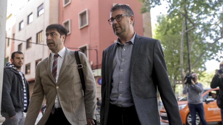 El ex número dos de Ruth Mateu la  contradice sobre los contratos de Més