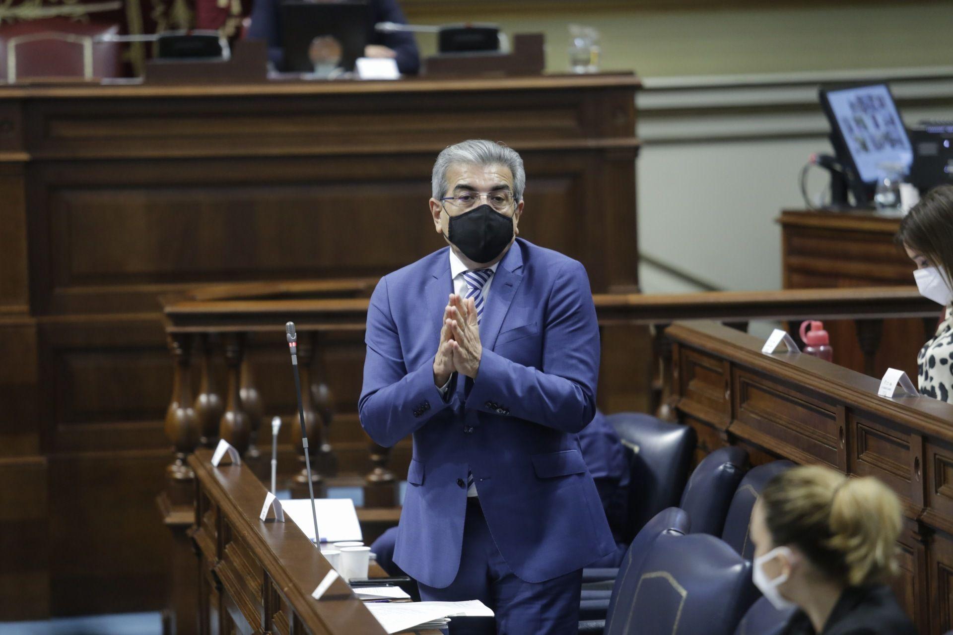 Pleno del Parlamento de Canarias | Comparecencia de Román Rodríguez