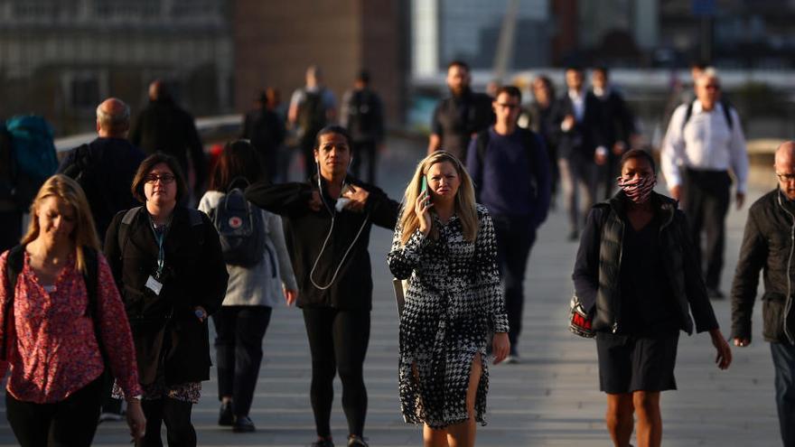 Reino Unido suma su récord de contagios desde mayo