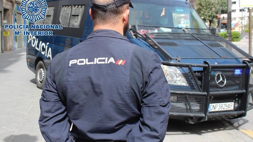 Dos detenidos tras cambiar la cerradura y okupar un piso en Ibiza