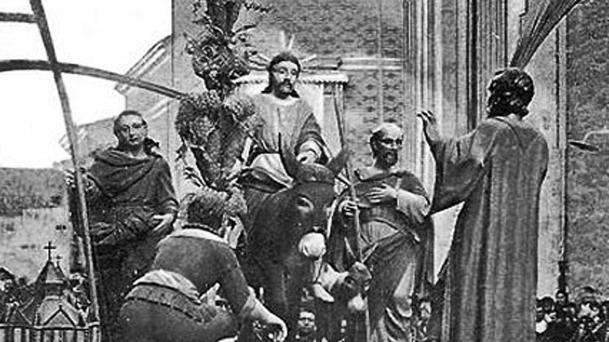 Antiguo paso de La Borriquita, al que sustituyó el de Florentino Trapero.