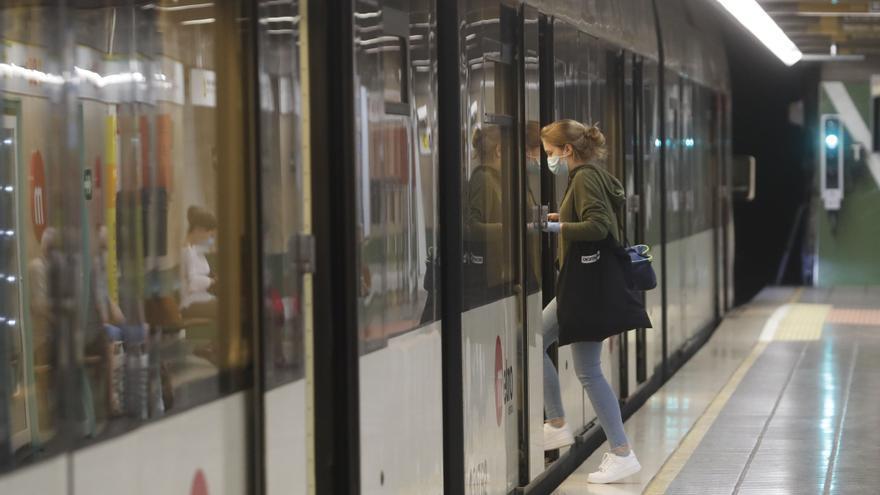 Más vigilancia en el metro ante las restricciones de movilidad del fin de semana