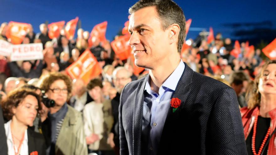 Las imágenes de la alegría del PSOE tras conocer los resultados del 28-A