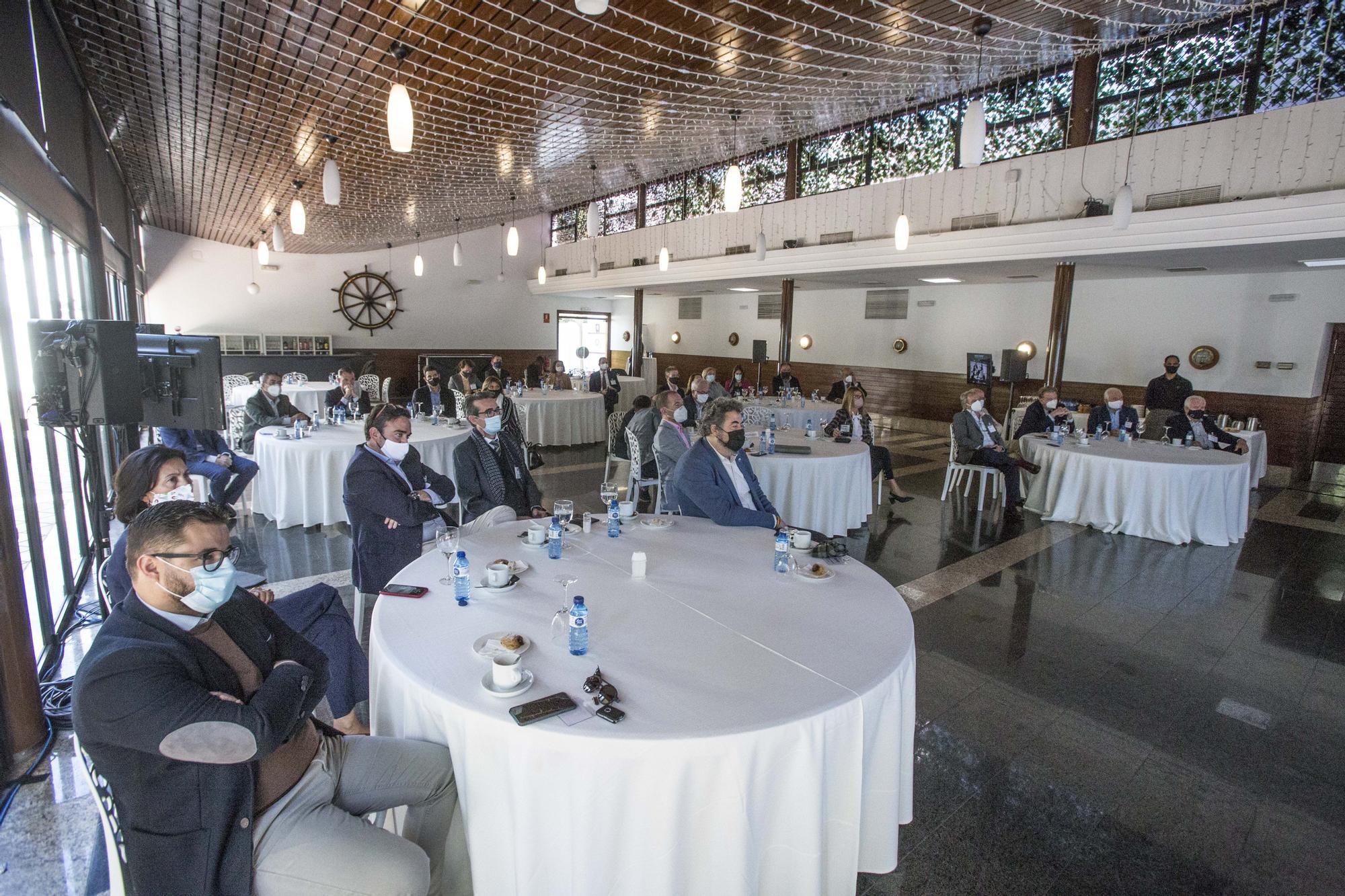 Asistencia virtual de los representantes alicantinos al Congreso de la Empresa Familiar
