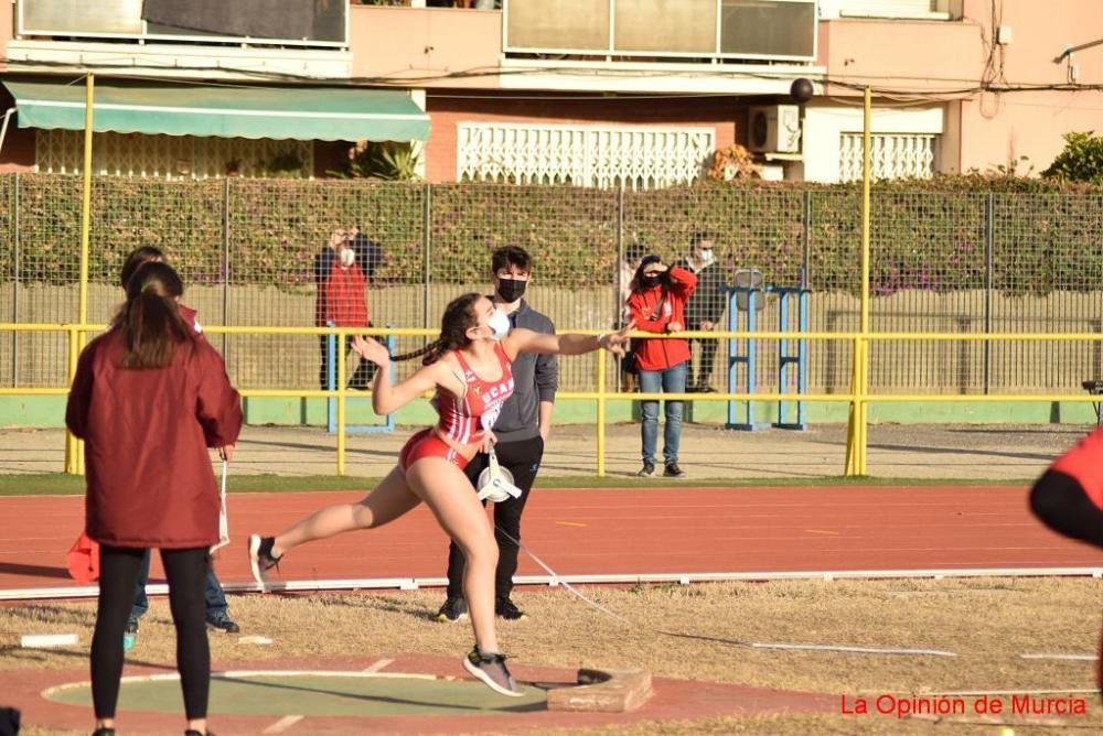 Control federativo de atletismo en Cartagena