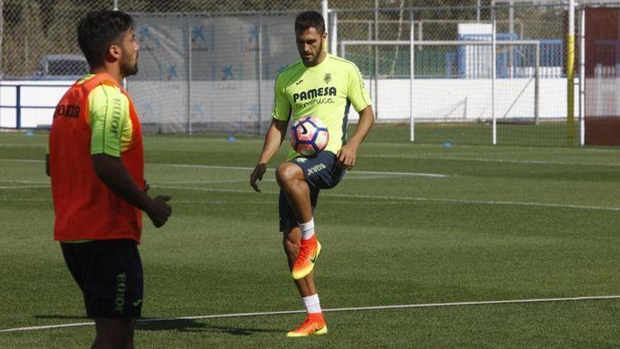 """Víctor Ruiz: """"Ser el menos goleado es bonito, pero el objetivo es pelear por el cuarto puesto"""""""