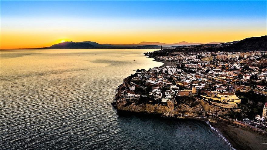 Rincón de la Victoria inicia los trabajos para convertirse en Destino Turístico Inteligente