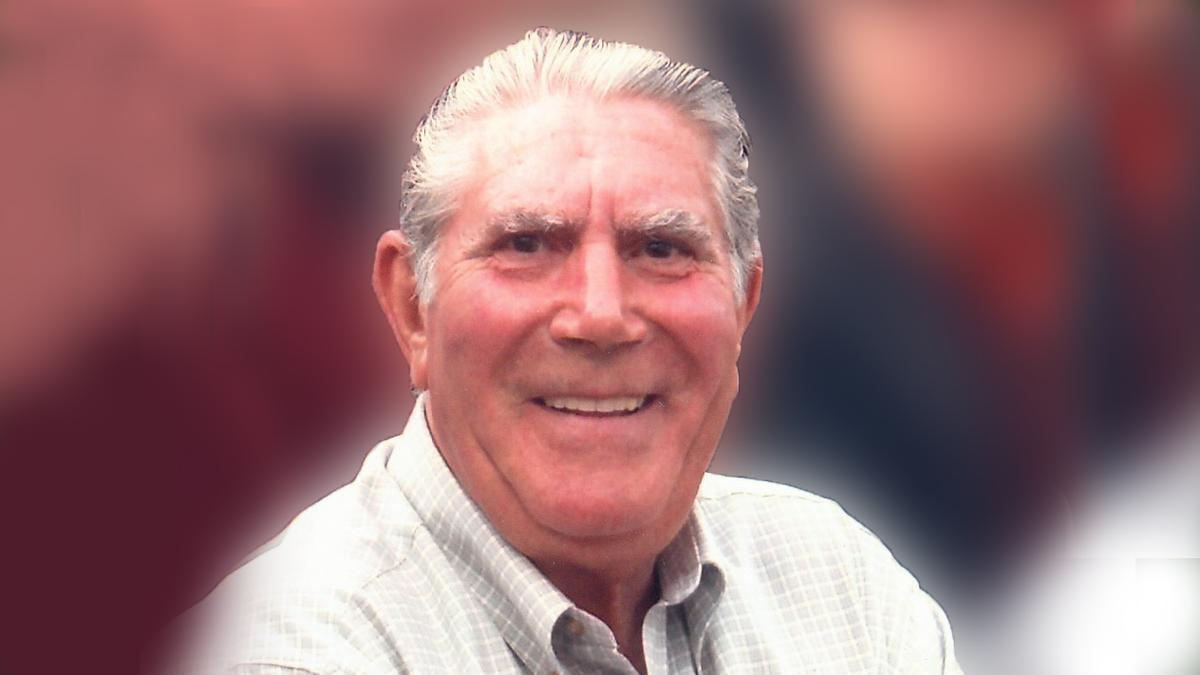 Francisco Martín Blanco, persona a la cual se le hace homenaje con este premio.