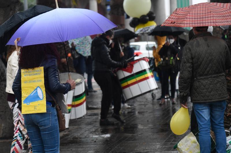 Los interinos siguen con las protestas