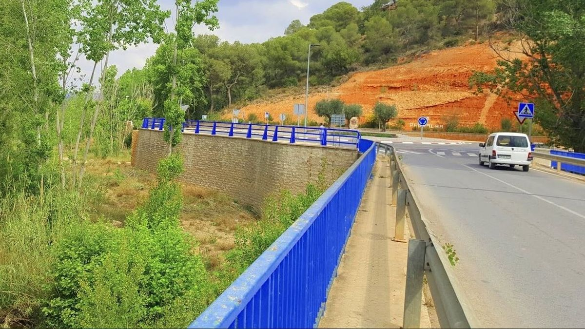 Ampliación puente de acceso Pedralba