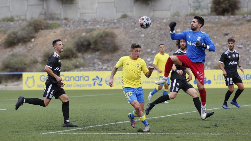 Las Palmas Atlético confirma ante el Sanluqueño su mal comienzo liguero
