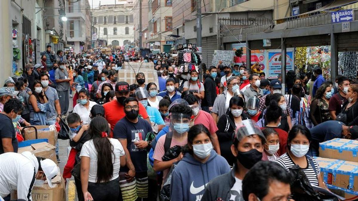 Diez regiones de Perú, en cuarentena del domingo al 14 de febrero