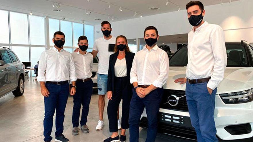 Autovidal inaugura el nuevo concesionario de Volvo con la visita de Rudy Fernández