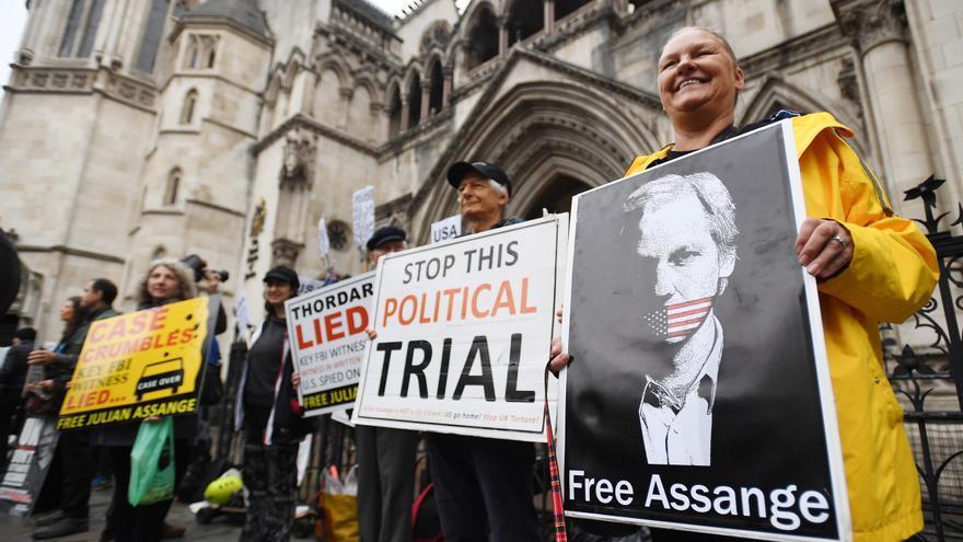 EEUU busca desbloquear la extradición de Assange para juzgarlo