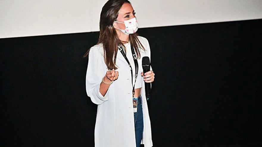 El cortometraje 'Versiones' de Claudia Torres gana el premio  Digital 104 a la distribución