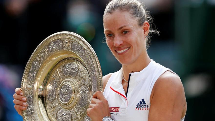 Kerber guanya el seu primer Wimbledon davant una desdibuixada Serena Williams