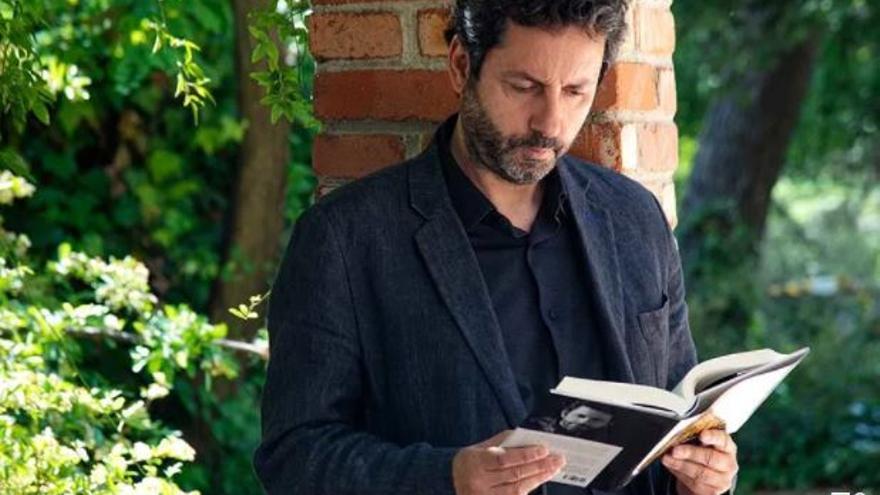 Universos literaris: L'origen del mal en el procés de creació literària