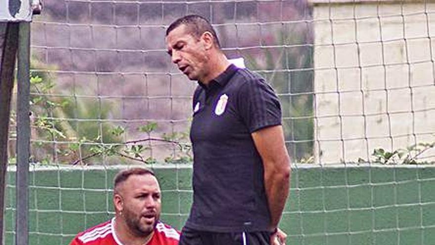 El gol de Adrián Plaza pone  líder al Atlético Victoria
