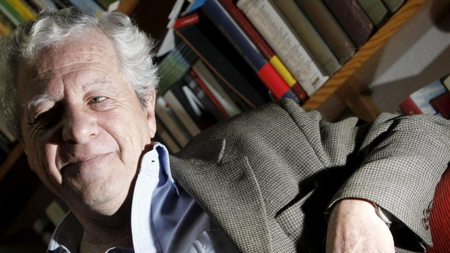 Muere a los 76 años el escritor y periodista Javier Reverte