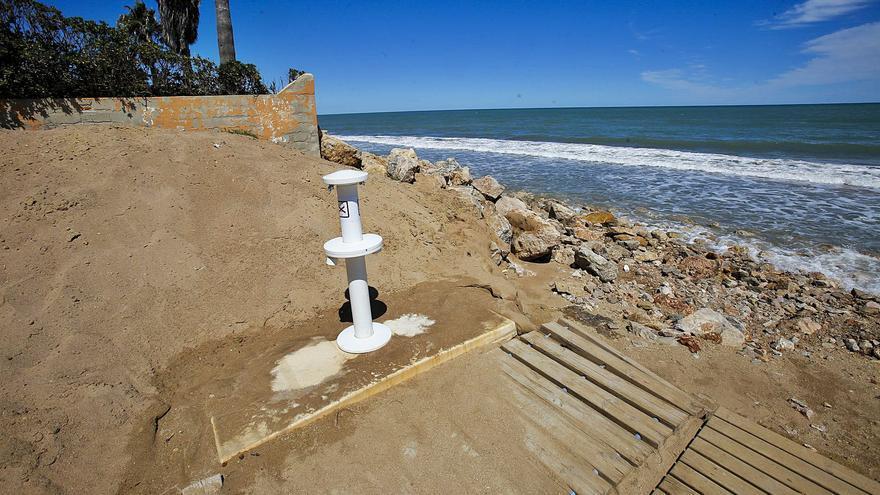Los daños del temporal Gloria aún impiden que varias playas estén listas para el baño