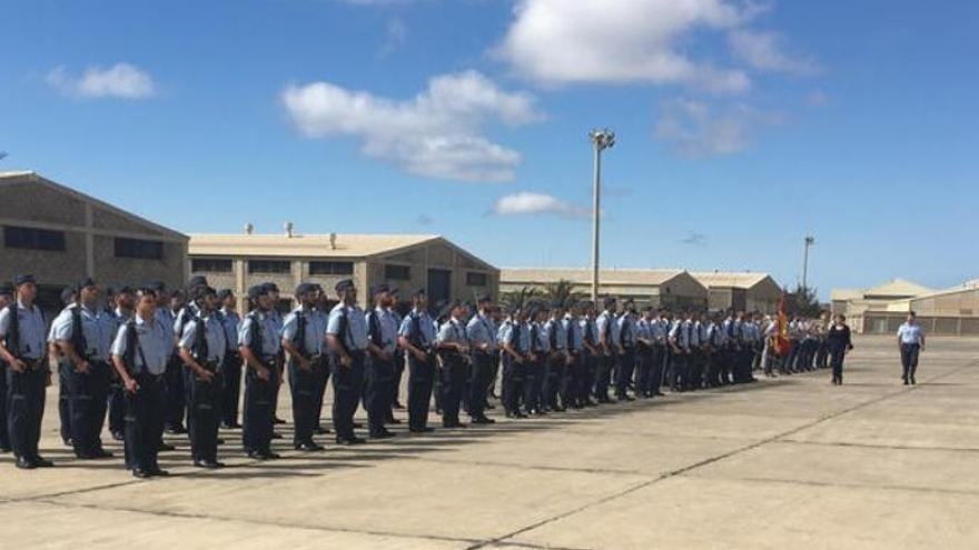 Defensa convoca 47 plazas de tropa y marinería en Gran Canaria y Lanzarote