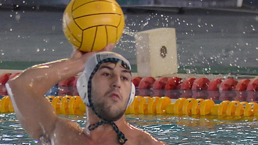 El Waterpolo Málaga logra un empate para seguir luchando con todo