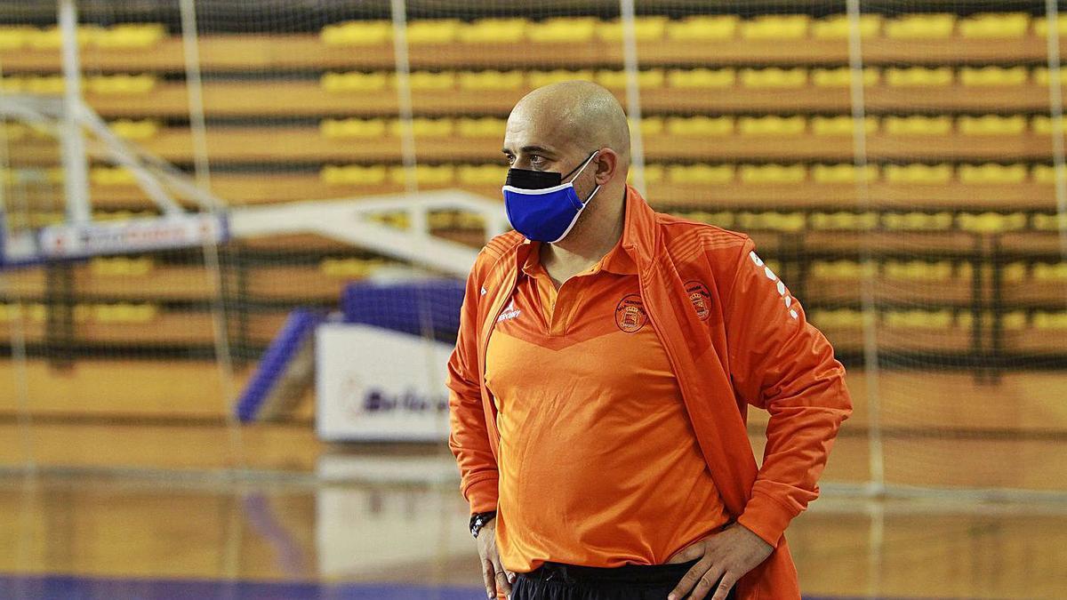Kike García, durante la derrota del Sala Ourense frente al Ventorrillo. |  // IÑAKI OSORIO