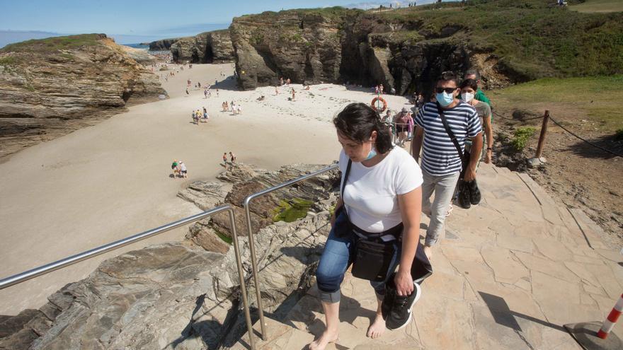 El empleo en turismo sube un 10,5%, su segunda alza mensual tras pandemia