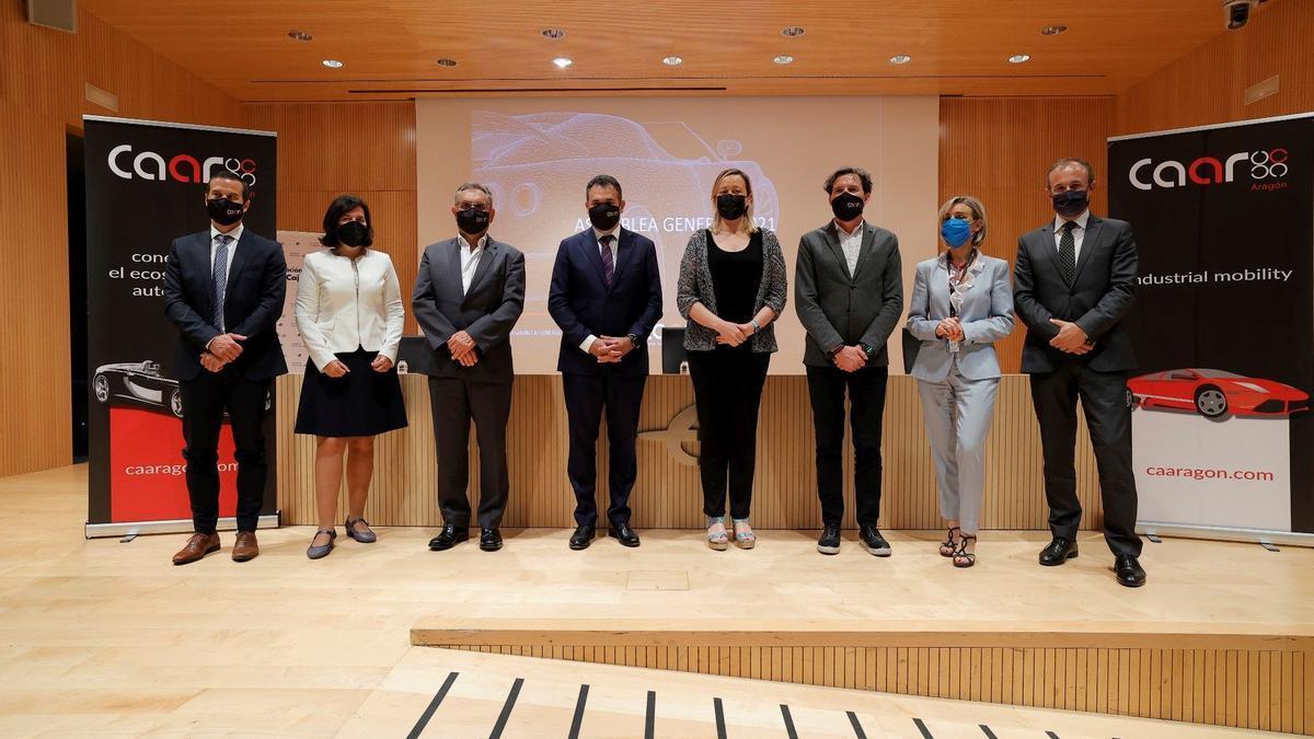 Foto de familia de la asamblea del Clúster de la Automoción de Aragón (CAAR)