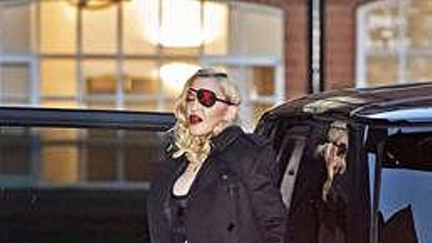 El diseñador Palomo Spain viste a Madonna para su último videoclip