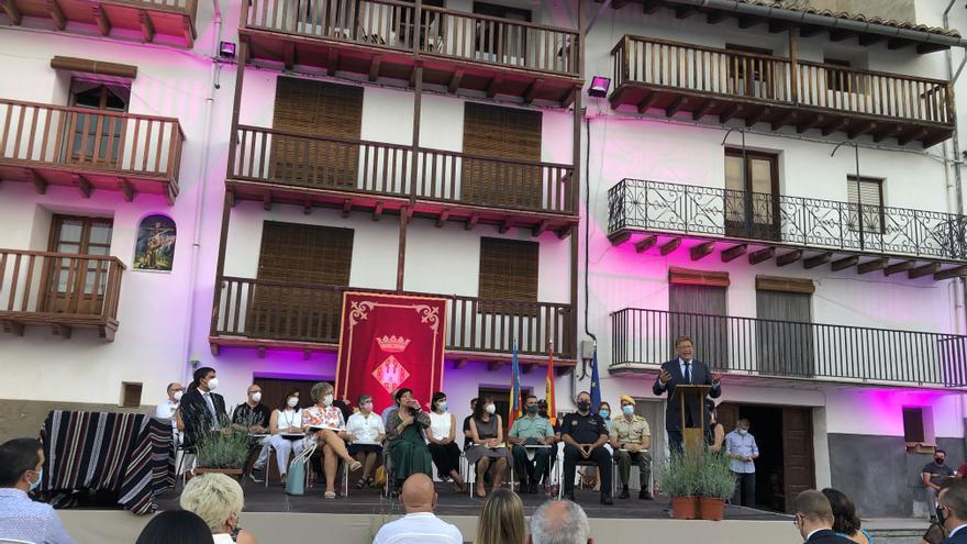 Morella premia a 14 colectivos por su labor directa contra el covid-19