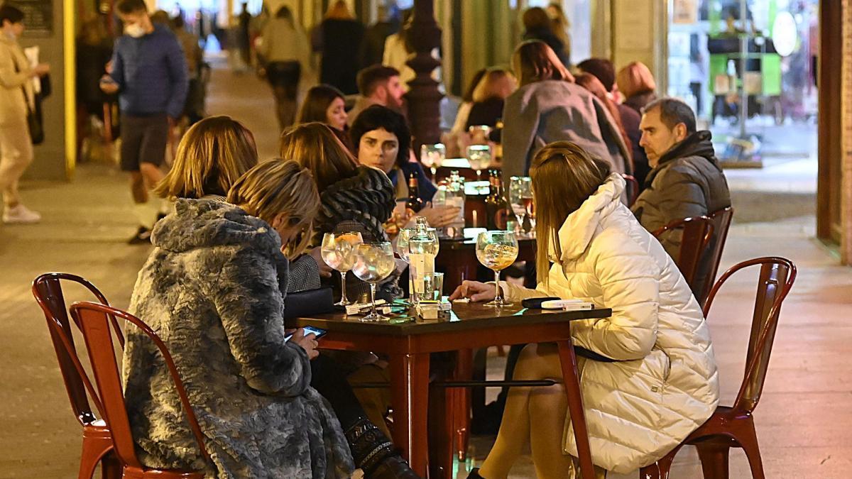 Comercio y hostelería de Castellón afrontan su peor cuesta de enero por la crisis del coronavirus