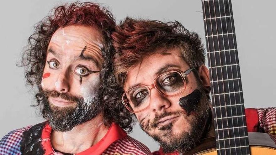 Antílopez mezclan humor y música en Ponteareas