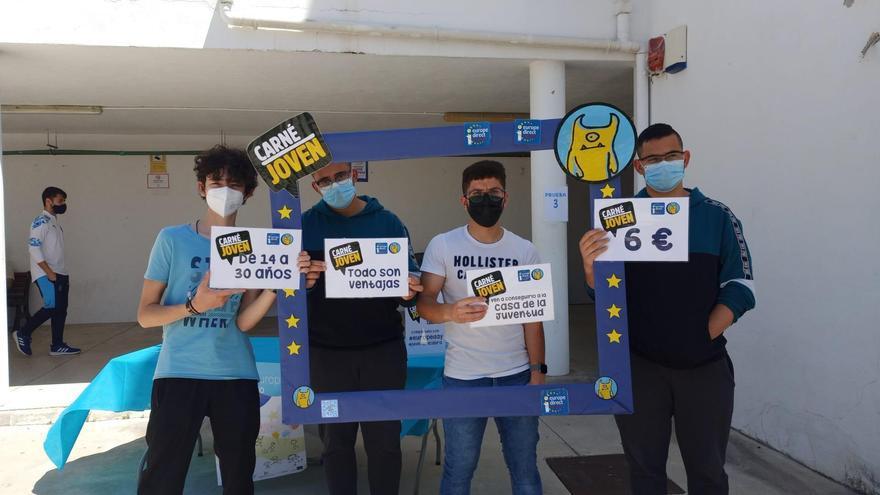 Alumnos del IES Felipe Solís Villechenous de Cabra participan en una gincana europea