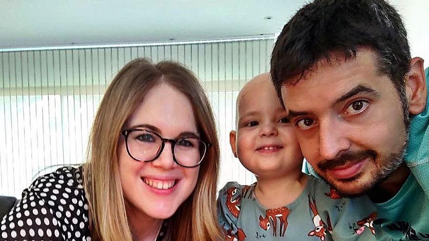 Órdago de los sindicatos para apoyar a la niña de Nules con leucemia y su familia