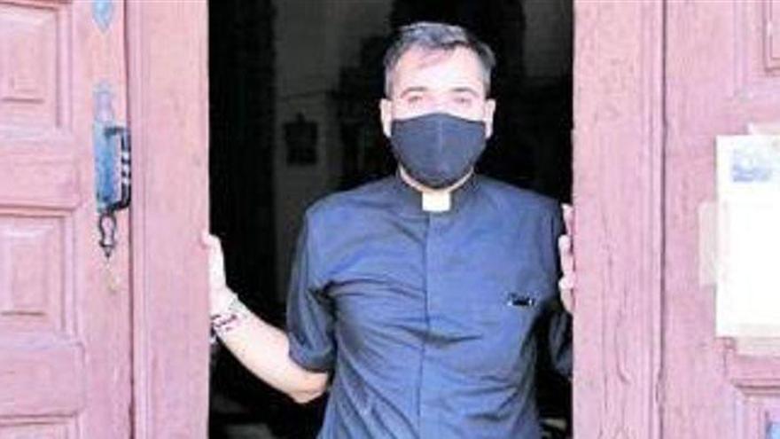 """Francisco Ortega, el cura """"youtuber"""" de Zamora"""