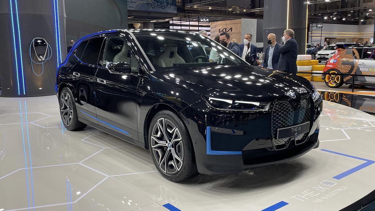 Novedades del Automobile Barcelona 2021: BMW iX