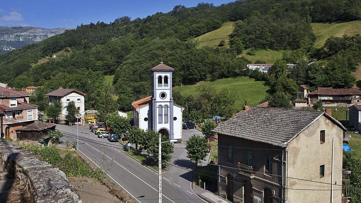 El valle de Tiraña, en el municipio de Laviana. | Fernando Rodríguez